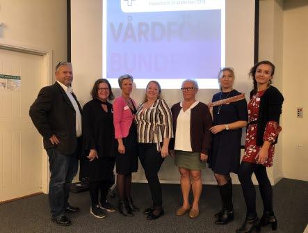 Styrelsen för avdelning Skåne står uppradade bredvis varandra.6 kvinnor och en man.