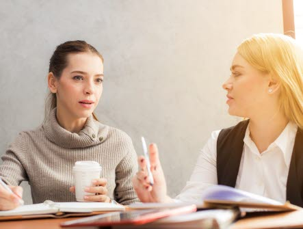 Konversation, samtal, diskussion Möte Nätverk